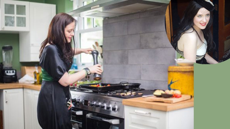 Veggie Meals, Desserts, Shakes & Cakes With Fabulous Veggie Expert KATE